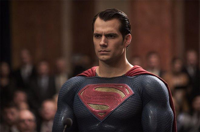 Batman v Superman: Dawn of Justice Photo 36 - Large
