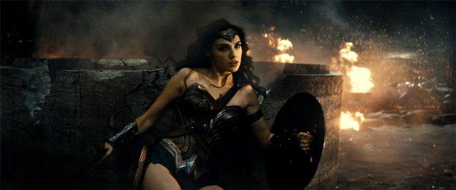 Batman v Superman: Dawn of Justice Photo 38 - Large