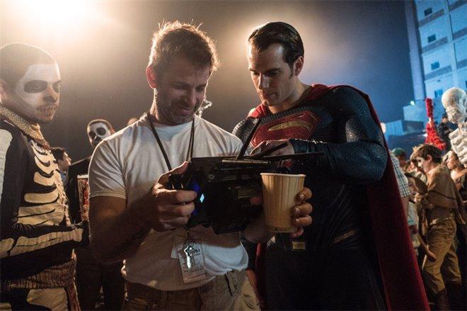 Batman v Superman: Dawn of Justice Photo 42 - Large