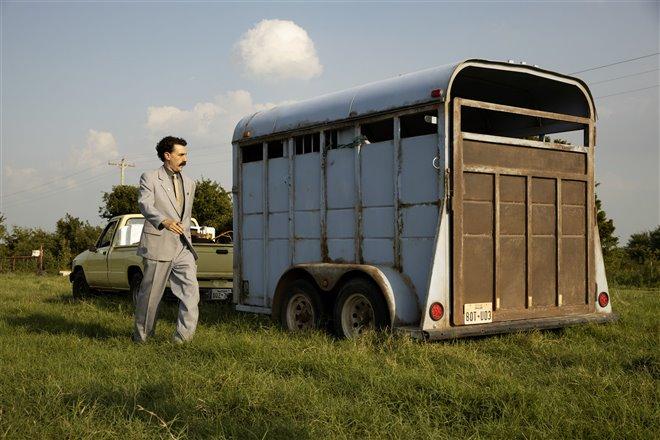 Borat Subsequent Moviefilm (Amazon Prime Video) Photo 9 - Large