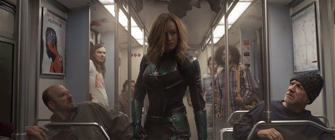 Capitaine Marvel Photo 21 - Grande