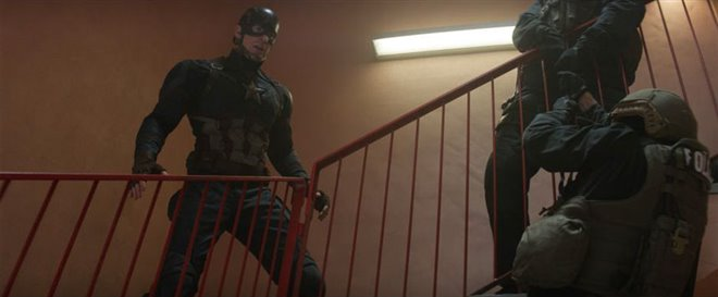 Captain America: Civil War Photo 24 - Large