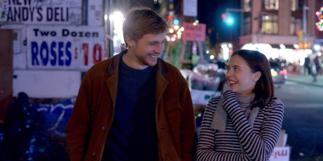 Carrie Pilby Photo 4 - Large