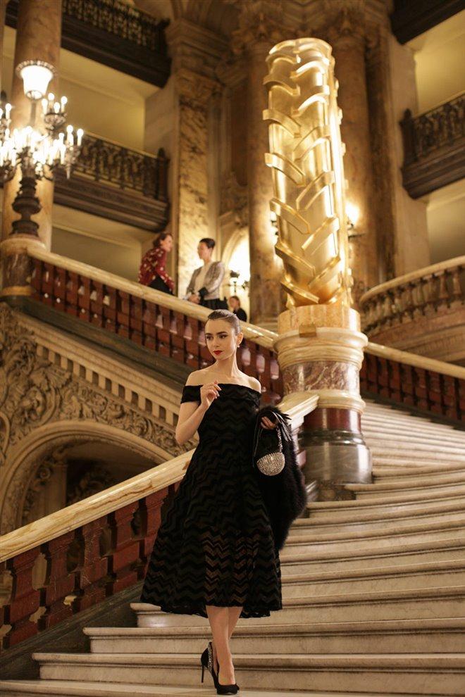 Emily in Paris (Netflix) Photo 7 - Large
