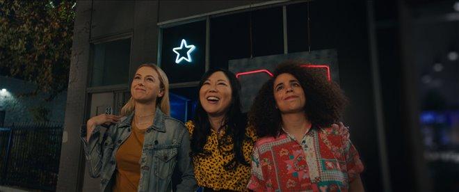 Good on Paper (Netflix) Photo 4 - Large