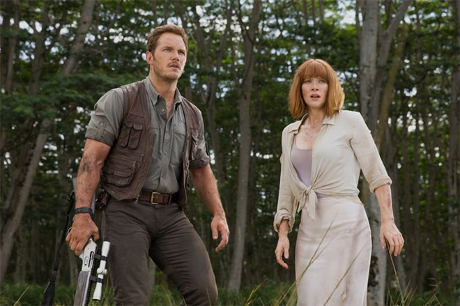 Jurassic World Photo 9 - Large