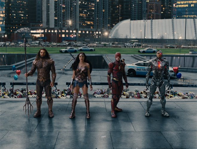 Justice League Photo 26 - Large
