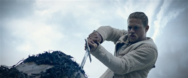 King Arthur: Legend of the Sword Photo 37 - Large