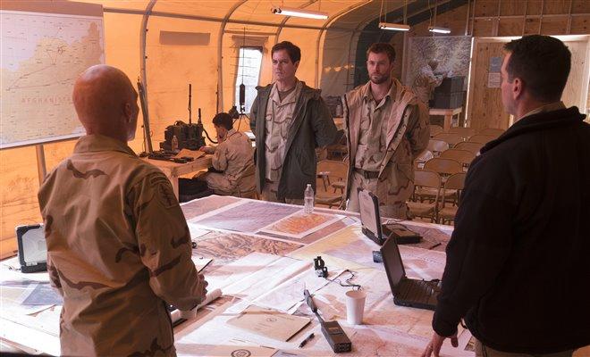 La brigade des 12 (v.o.a.s-.t.f.) Photo 13 - Grande
