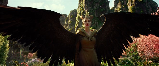 Maleficent: Mistress of Evil Photo 10 - Large