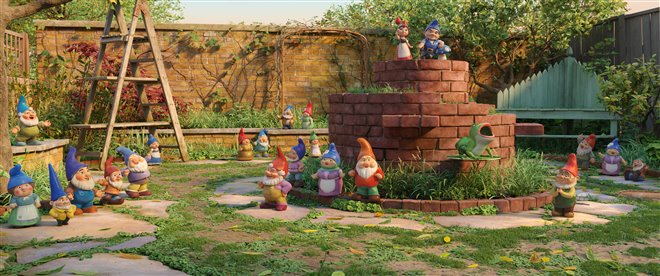 Sherlock Gnomes Photo 5 - Large