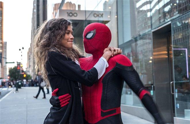Spider-Man : Loin des siens Photo 2 - Grande
