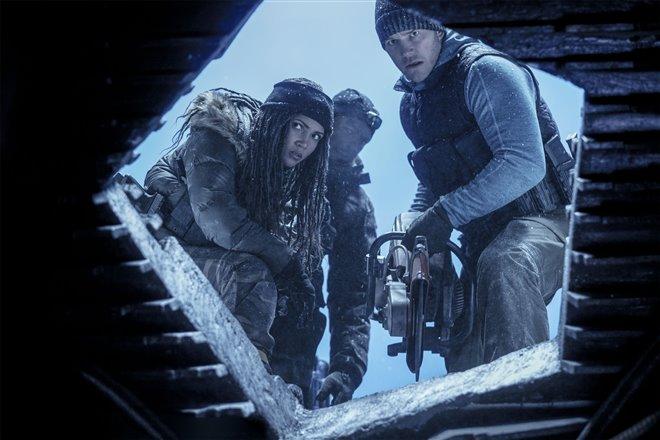 The Tomorrow War (Amazon Prime Video) Photo 10 - Large