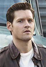 Luke Kleintank Photo