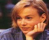 Samantha Mathis Photo