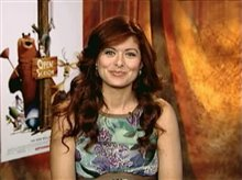 DEBRA MESSING (OPEN SEASON) Video