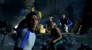 The Cave (2005) Thumbnail
