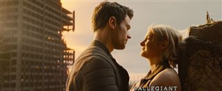 The Divergent Series: Allegiant Thumbnail