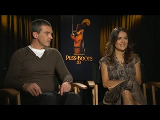 antonio-banderas-salma-hayek-puss-in-boots Video Thumbnail