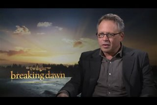 Bill Condon (The Twilight Saga: Breaking Dawn - Part 2) - Interview Video Thumbnail