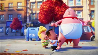 captain-underpants-the-first-epic-movie---captain-underpants-helps-people-clip Video Thumbnail
