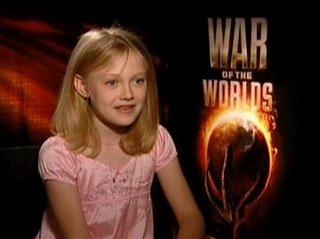 dakota-fanning-war-of-the-worlds Video Thumbnail