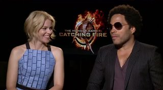 elizabeth-banks-lenny-kravitz-the-hunger-games-catching-fire Video Thumbnail