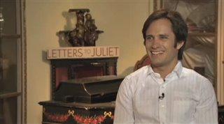Gael García Bernal (Letters to Juliet)- Interview Video Thumbnail