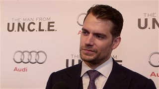 henry-cavill-the-man-from-uncle-red-carpet Video Thumbnail