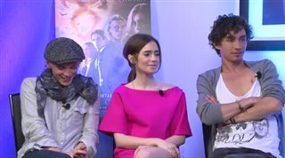 Jamie Campbell Bower, Lily Collins & Robert Sheehan (The Mortal Instruments: City of Bones) - Interview Video Thumbnail