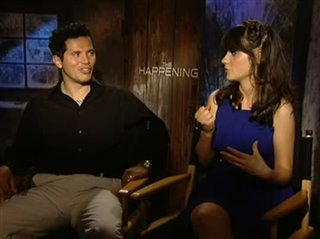 john-leguizamo-zooey-deschanel-the-happening Video Thumbnail