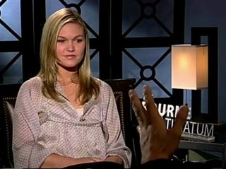 julia-stiles-the-bourne-ultimatum Video Thumbnail
