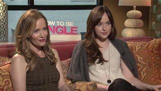 Leslie Mann & Dakota Johnson - How to Be Single- Interview Video Thumbnail