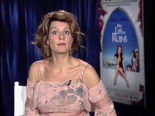 Nia Vardalos (My Life in Ruins) - Interview Video Thumbnail
