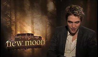 robert-pattinson-the-twilight-saga-new-moon Video Thumbnail
