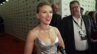 scarlett-johansson-on-the-jojo-rabbit-red-carpet-at-tiff-2019 Video Thumbnail