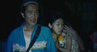 shoplifters-trailer Video Thumbnail