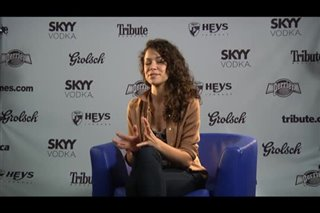 tatiana-maslany-picture-day Video Thumbnail