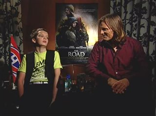 viggo-mortensen-kodi-smit-mcphee-the-road Video Thumbnail